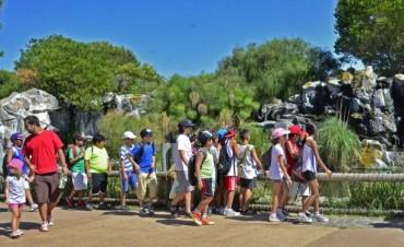 Los chicos de las colonias de verano de San Fernando visitaron el parque Temaikén