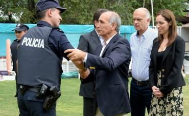UN CHALECO POR POLICÍA