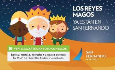 Los Reyes Magos en la Plaza Mitre de San Fernando