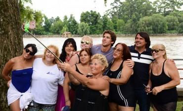JUAN ANDREOTTI VISITÓ LAS COLONIAS DE LA TERCERA EDAD EN EL POLIDEPORTIVO N° 3 DE SAN FERNANDO