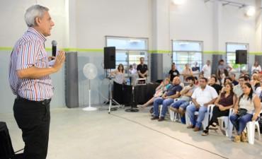 Stamateas presentó su libro 'Calma Emocional' en San Fernando