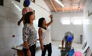 Continúan las obras municipales en el Jardín 910 de San Fernando