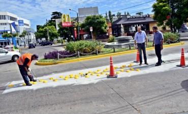 San Fernando reorganiza su tránsito con nuevos reductores de velocidad y encauzadores