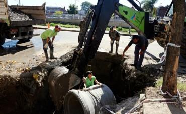 San Fernando ejecuta obras hidráulicas en el centro comercial de calle Colón