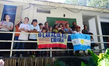 El Municipio y los vecinos isleños, unidos para evitar el cierre de las escuelas de arroyo Caracoles