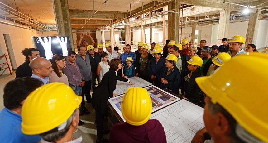 Vecinos de San Fernando visitaron la obra del futuro Hospital Municipal