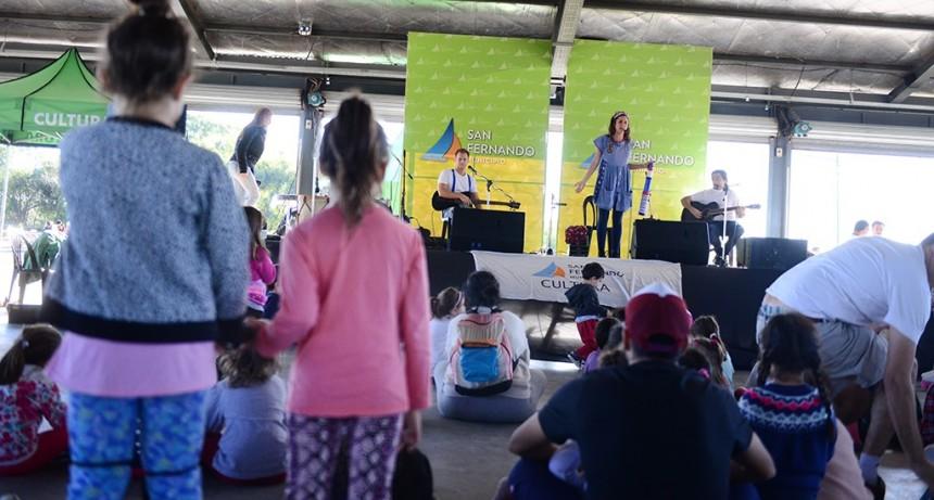 Los chicos disfrutaron del Festival 'Con Aires de Río' en el Parque Náutico de San Fernando