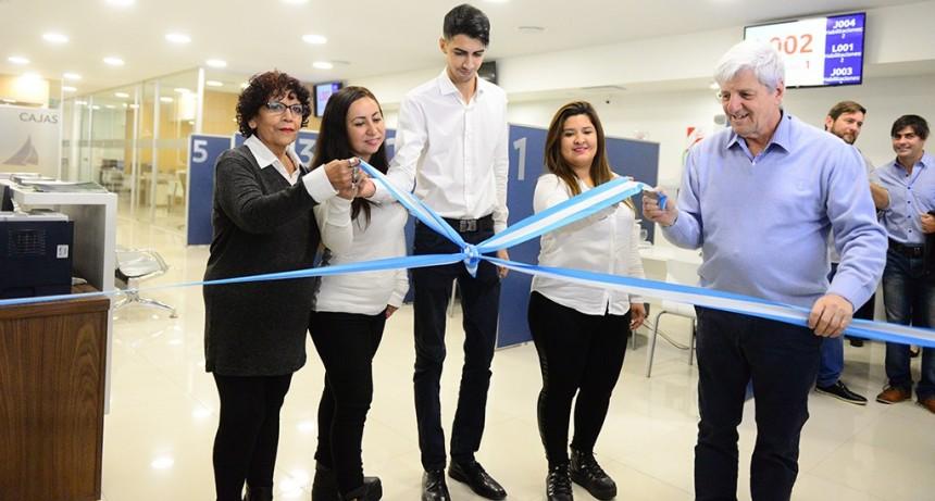 Andreotti inauguró el nuevo edificio de Economía