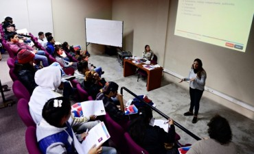 """Jóvenes del programa """"Sumate"""" de San Fernando asistieron a cursos de búsqueda laboral"""