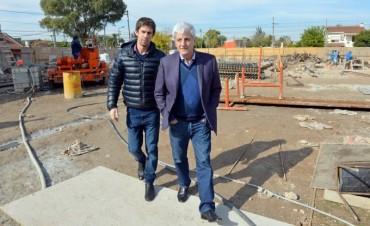 Andreotti supervisó el avance de obras del Hospital Municipal San Cayetano