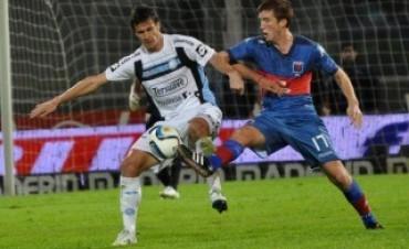 Belgrano derrotó a Tigre como local  por  1 a 0