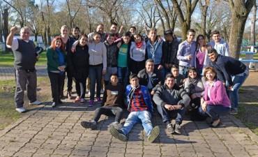 Alicia Andreotti compartió un almuerzo con los chicos del Centro Convivencial Terapéutico