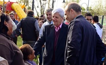 Luis Andreotti inauguró una plaza en el barrio Villa Jardín