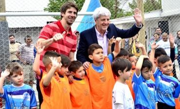 Andreotti inauguró la renovación de la Sociedad de Fomento Güemes