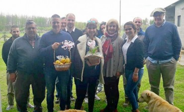 Alicia Andreotti visito a productores y vecinos isleños
