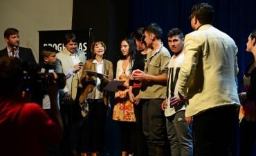 Alumnos sanfernandinos se lucieron en el Martinelli con los Programas Artísticos Municipales