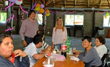 El Taller Protegido de San Fernando festejó el Día de la Familia en el Poli Nº 3