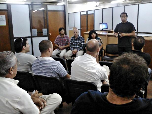 La Dirección de Tránsito de San Fernando coordina el trabajo con las Autoescuelas que tramitan en el distrito