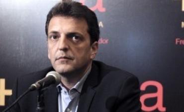 Tras la tensión interna, Massa define no ir el lunes al asado de Moyano y Barrionuevo