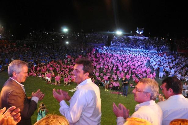 Más de 42 mil vecinos en la Fiesta de las Colonias de Verano 2015 en Tigre