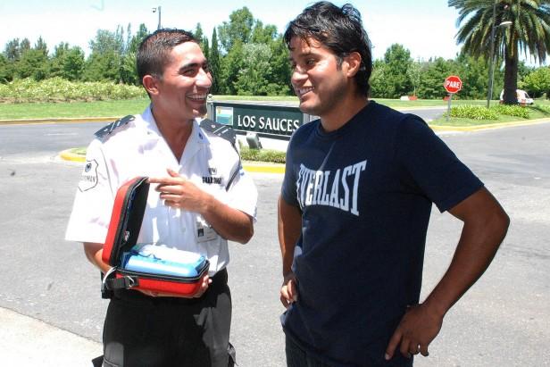 Un desfibrilador salvó la vida a un vecino de Tigre