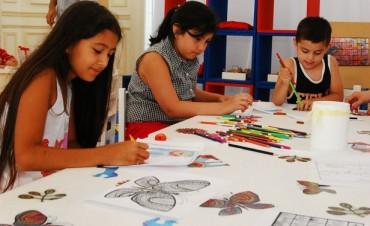Los chicos también disfrutan del arte en el MAT
