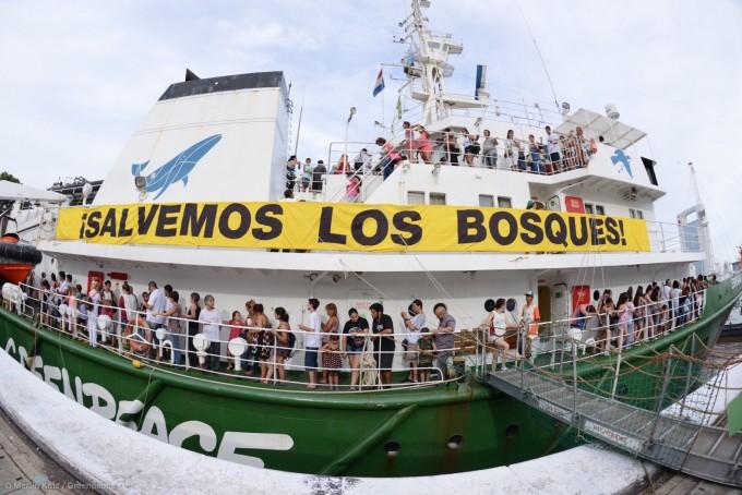 Masiva convocatoria del buque de Greenpeace en Buenos Aires