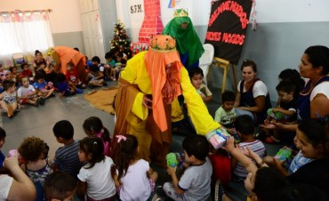 Los Reyes Magos visitaron las Unidades de Desarrollo Infantil de San Fernando