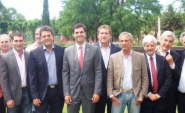 No me escupan el asado: Massa, Urtubey y Bossio marcan agenda