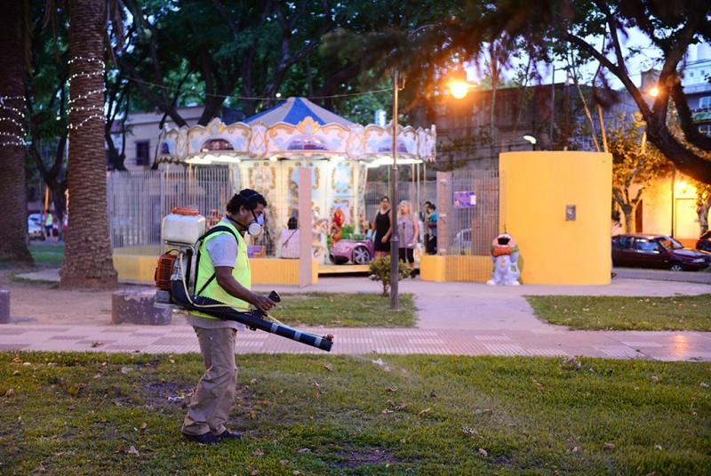 El Municipio realizó una fumigación preventiva de dengue en Victoria