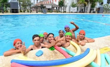 Los chicos del programa Sumate de San Fernando disfrutan las colonias de verano