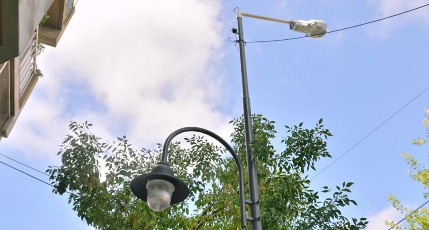 San Fernando realiza trabajos de despeje de luminarias y cámaras de seguridad