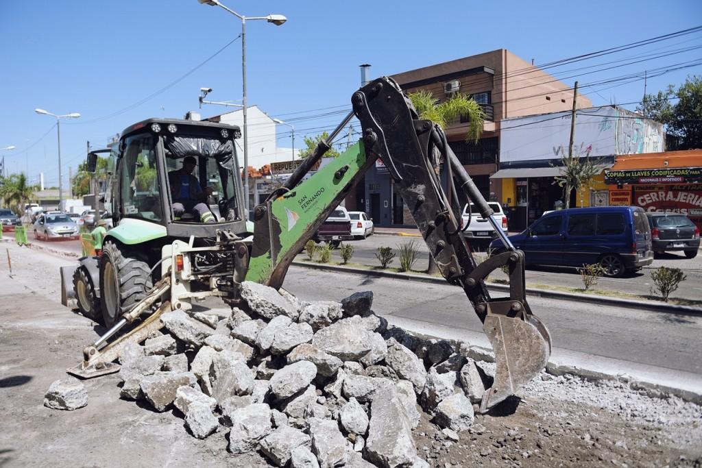 San Fernando renueva el pavimento de Av. Avellaneda desde Acceso Norte hasta el túnel de paso bajo nivel