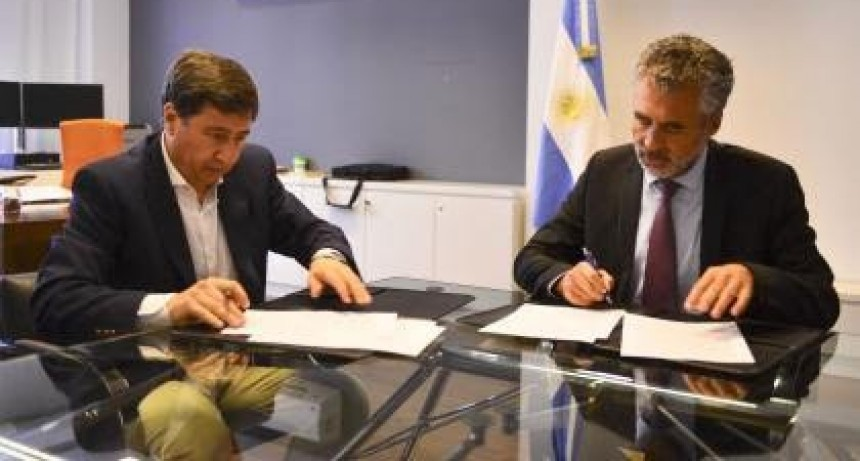 VANOLI Y ARROYO FIRMARON UN CONVENIO PARA INSTRUMENTAR LA TARJETA ALIMENTARIA