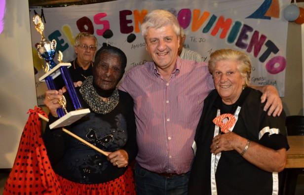 Los abuelos festejaron el Carnaval en las Colonias de la Tercera Edad de San Fernando