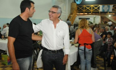 El Club Peñarol del Delta celebró sus 82 años de existencia junto a la comunidad