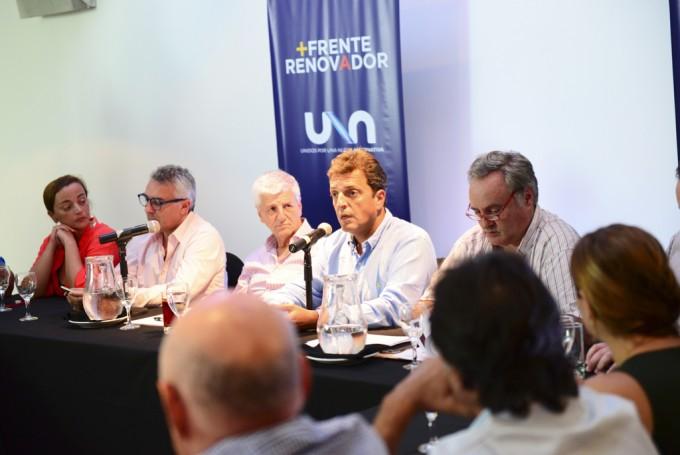 Intendentes, legisladores y dirigentes del Frente Renovador se reunieron en San Fernando