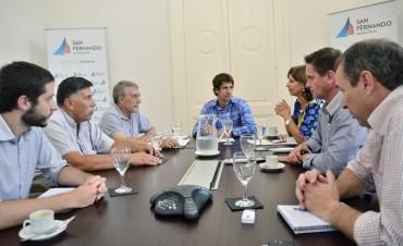 El Diputado Andreotti y funcionarios de San Fernando se reunieron con el Director Provincial de Islas