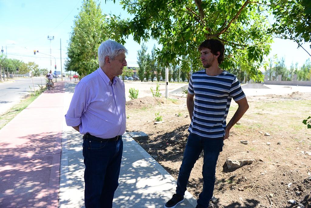 Andreotti recorrió la obra de la nueva Plaza San Ginés