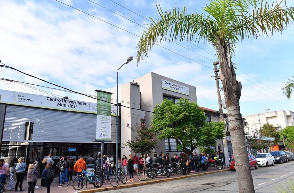 Más de 600 vecinos ya se anotaron en el Centro Universitario Municipal de San Fernando