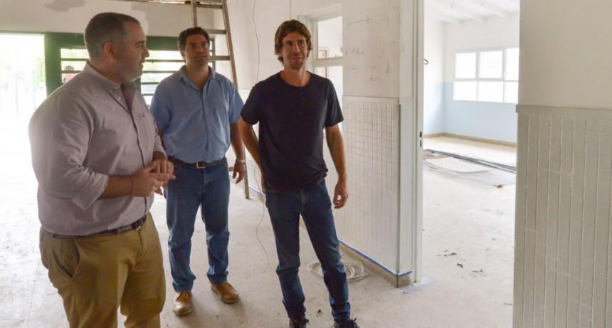 Juan Andreotti recorrió las obras de renovación integral del Jardín 913
