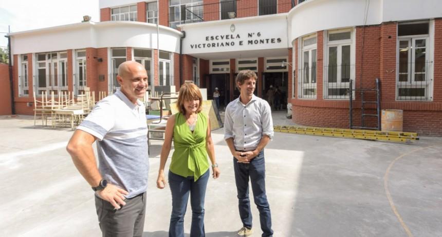 Juan Andreotti visitó la obra de renovación de la Primaria N°6 y Secundaria N°23