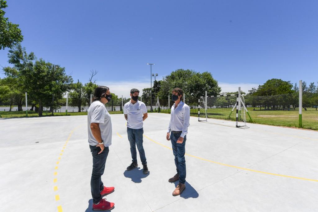 Juan Andreotti presentó el nuevo Playón Multideporte del Poli N°3 de San Fernando