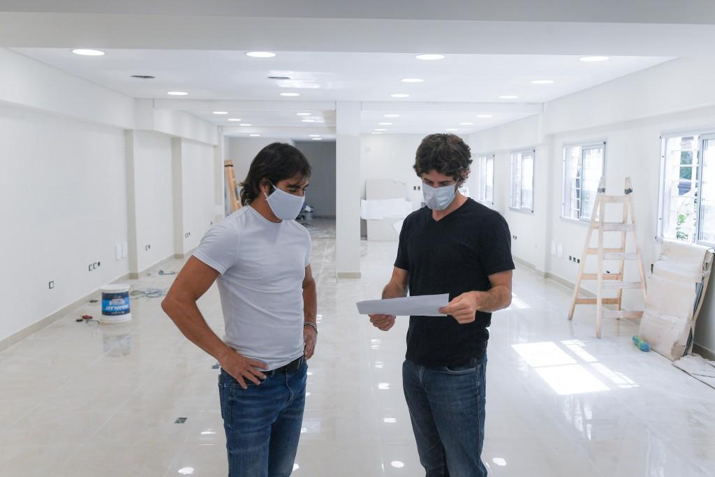 Juan Andreotti supervisó el avance de obra del nuevo Centro de Atención Vecinal de San Fernando