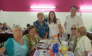 El Centro de Jubilados Marina Mercante celebró su aniversario junto a la comunidad