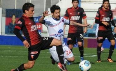 Colón, la sorpresa del campeonato, recibe a Tigre