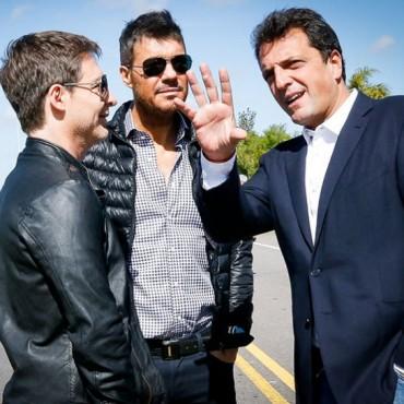 Massa  junto  a  Suar  y  a  Tinelli  en  Tigre