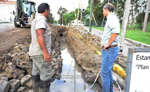 El Municipio realiza obras hidráulicas en Sarmiento y Arias