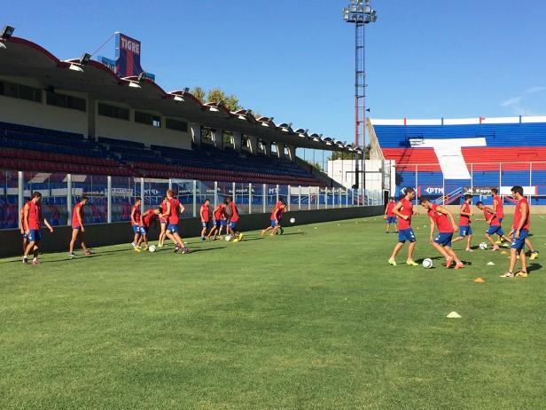 El Plantel Matador entrenó en el Estadio Dellagiovanna,