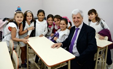 """Luis Andreotti: """"Mientras Scioli daba su discurso de campaña, en San  Fernando el 80 % de los chicos no tenía clases"""""""